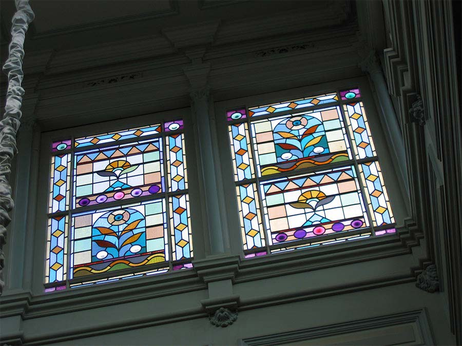 Victorian leadlight glass window image