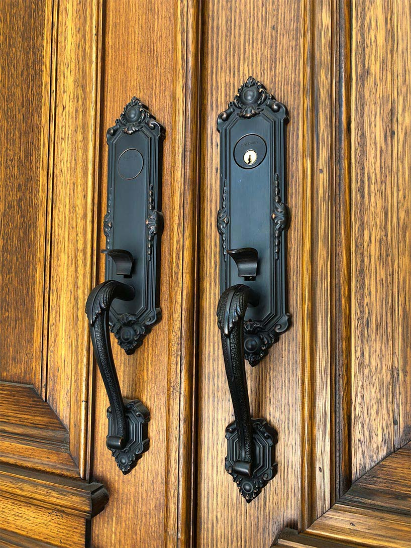 door locks and handles image
